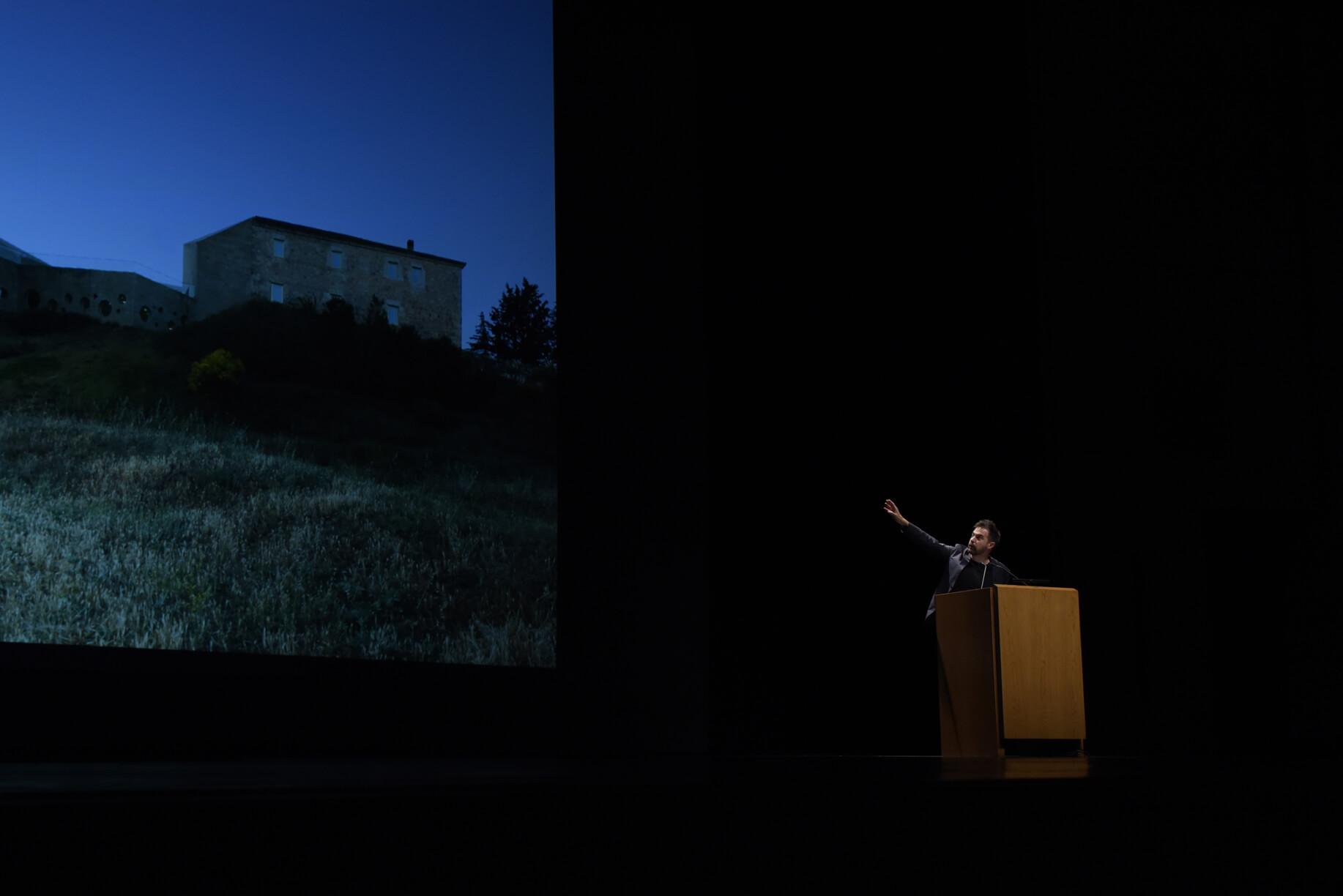 Conferência do arquitecto Fabrizio Barozzi
