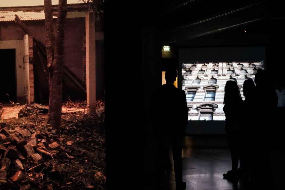 The Shape of Plain, exhibition (associated project), curated by Eliana Sousa Santos, Calouste Gulben