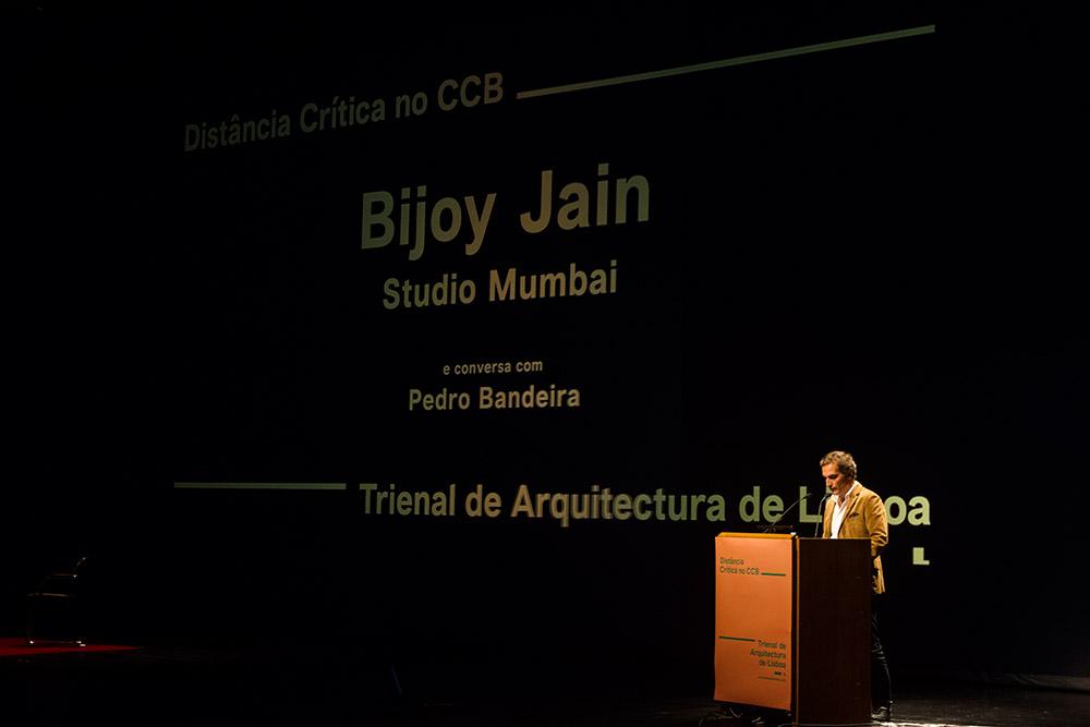 Conferência Studio Mumbai
