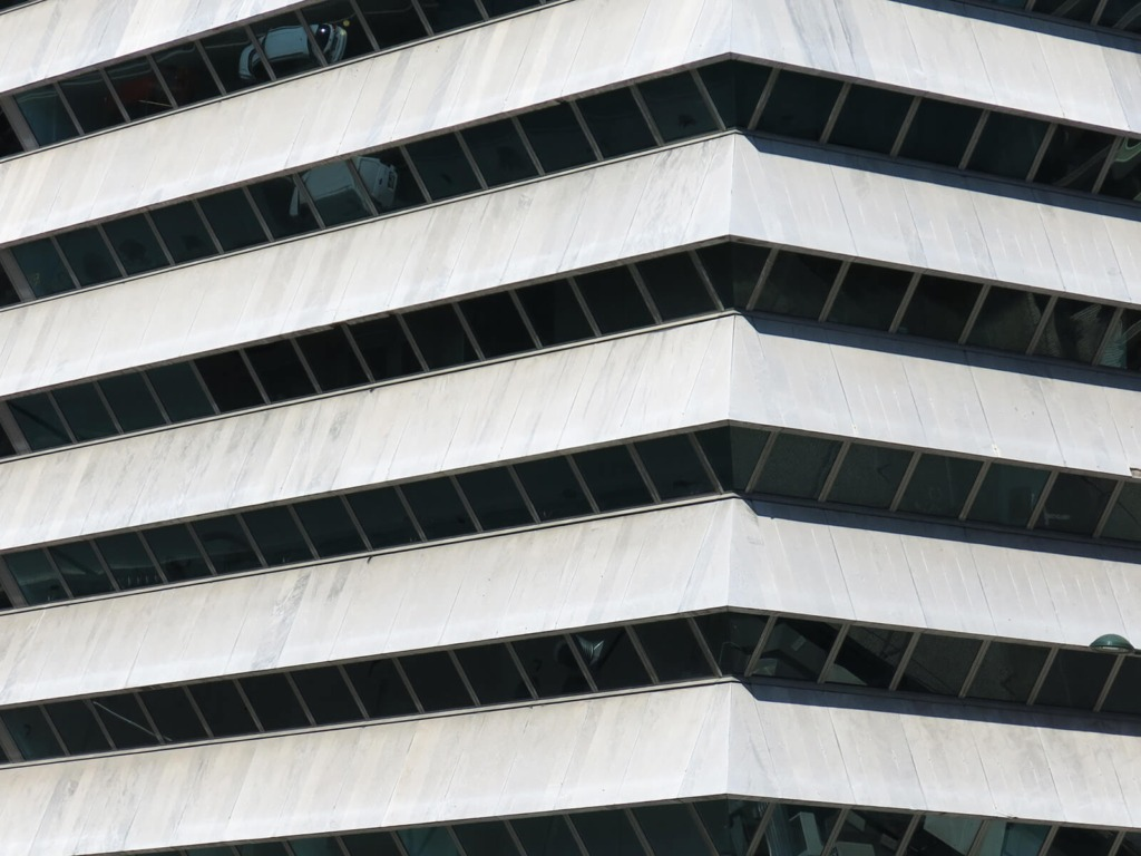Detalhe da fachada do edifício Liberty Seguros