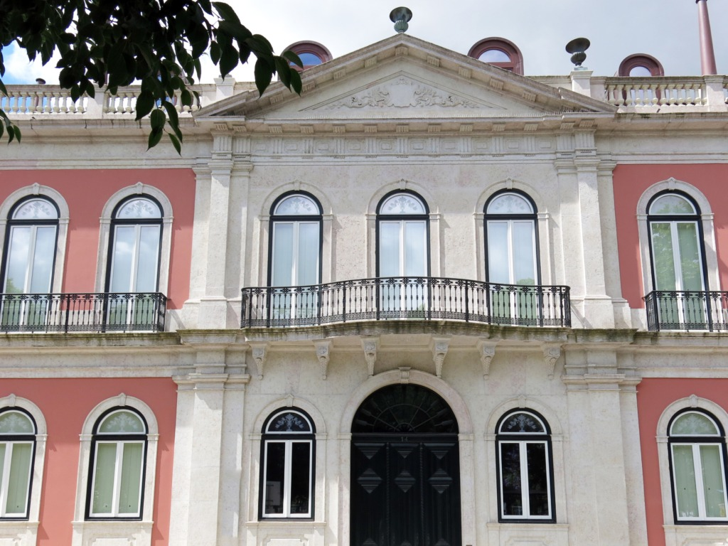 Vista geral do Palácio Menino de Ouro, onde está sediado o British Council em Lisboa